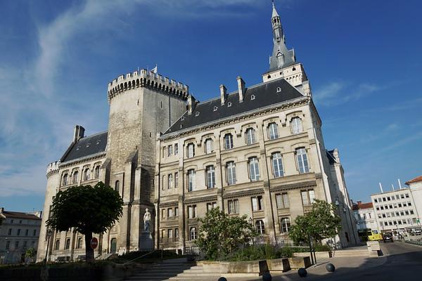 Angouleme - Hotel de Ville