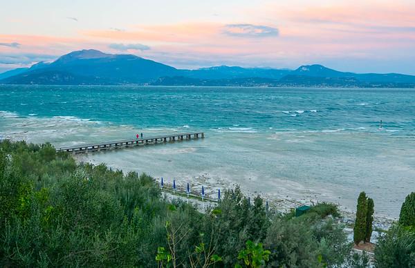 Spiaggia lido Galeazzi, Lago di Garda, Italy