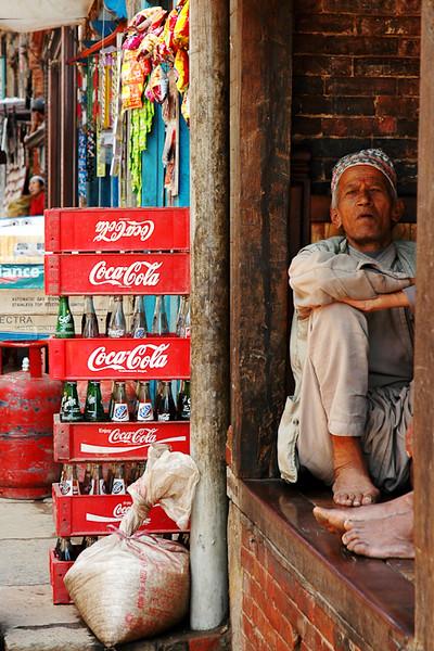 Passing Time<br /> -Bhaktapur, Nepal