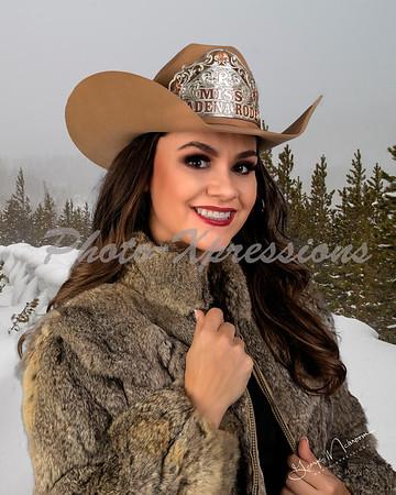 Carla fun snow_2526