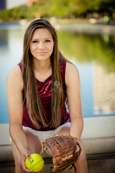 057MaddySenior2014