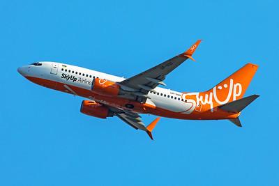SkyUp Airlines Boeing 737-73V UR-SQD 7-17-19