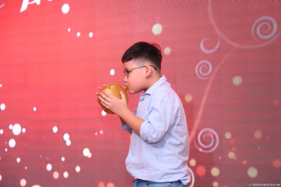 birthday-party-roving-photography-WefieBox-Photobooth-Vietnam-Chup-hinh-lay-lien-in-anh-lay-ngay-045