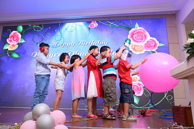 birthday-party-roving-photography-WefieBox-Photobooth-Vietnam-Chup-hinh-lay-lien-in-anh-lay-ngay-058