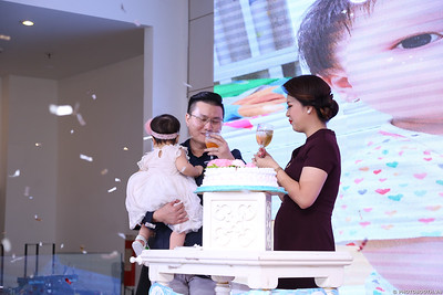 birthday-party-roving-photography-WefieBox-Photobooth-Vietnam-Chup-hinh-lay-lien-in-anh-lay-ngay-025
