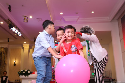birthday-party-roving-photography-WefieBox-Photobooth-Vietnam-Chup-hinh-lay-lien-in-anh-lay-ngay-050