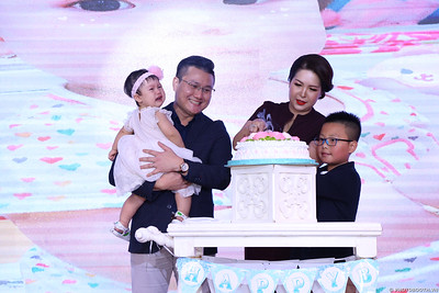 birthday-party-roving-photography-WefieBox-Photobooth-Vietnam-Chup-hinh-lay-lien-in-anh-lay-ngay-021