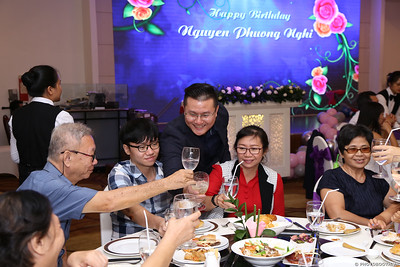 birthday-party-roving-photography-WefieBox-Photobooth-Vietnam-Chup-hinh-lay-lien-in-anh-lay-ngay-032