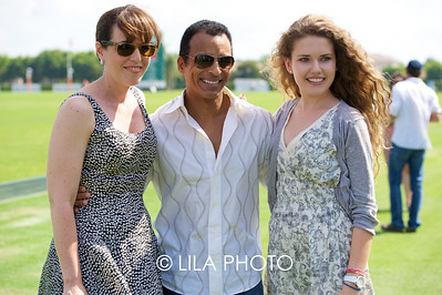 Lauren Duffy and her daughter with Jon Secada