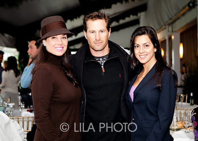 Gail Scalesse, Brandon and Erica Phillips; photography by: LILA PHOTO