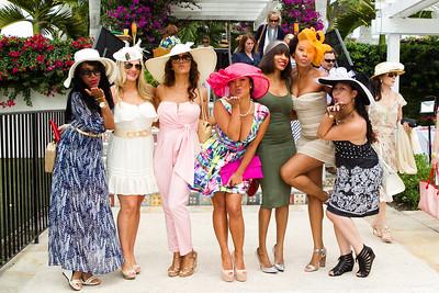 Wendy Justo, Sara Katisch, Shareese Logan, Kim Pham, Vanessa Clermont, Rochelle Holmess, Christine Pham © 2014 LILA PHOTO,
