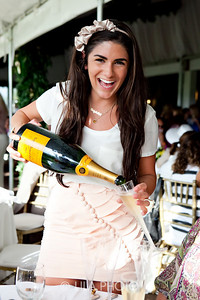Veuve Clicquot model
