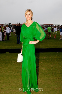 "(fashion) Ursula Nesbitt - Wearing dress from her friend & designer, Monique Lhuillier who said ""This was totally Polo"""