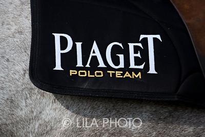 Piaget2010_033