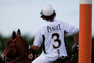 Piaget2010_029