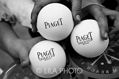 Piaget2010_006