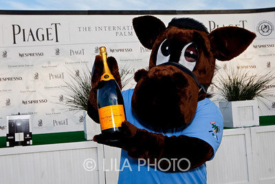Chukker with Veuve Cliquot ;photography by: LILA PHOTO