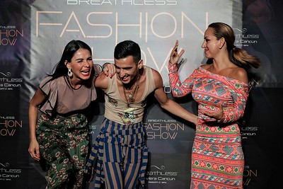 Risas y Fashion Show