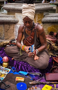 Fortune Teller In Union Square_9257168202_l