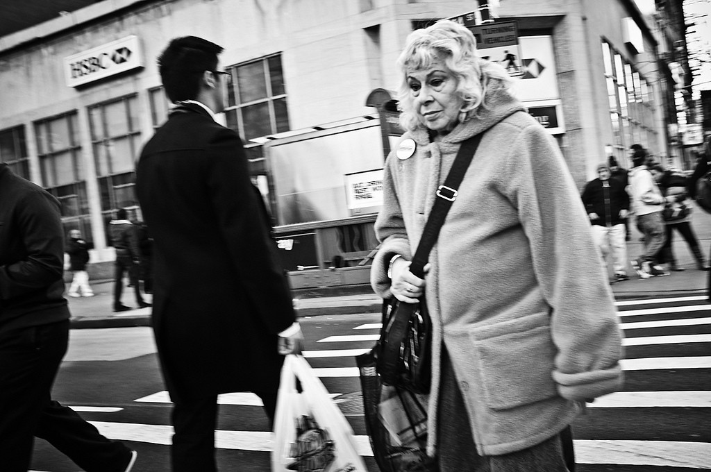 Crosswalk, NYC_6776680565_l