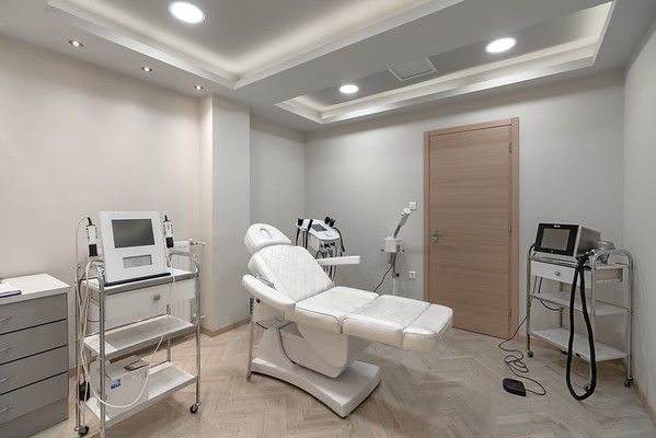 DERMA HAIR CLINIC, Athens