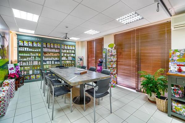 PAPANIKOLOPOULOS, Pharmaceuticals Distributor, Acharnes