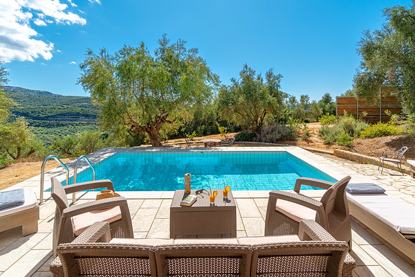 FINIKOUNDA VILLAS, Messinia