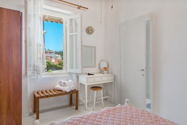 LAGOUDERA APARTMENTS, Traditional Apartments, Corfu