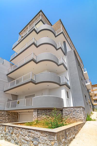 RESIDENTIAL BUILDING, Peireus