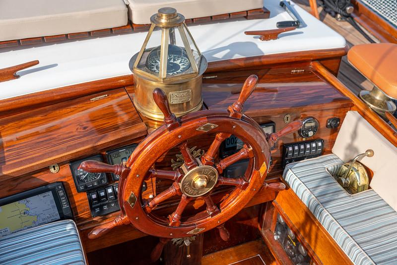 ISLA NEGRA, Traditional wooden Sailing Boat
