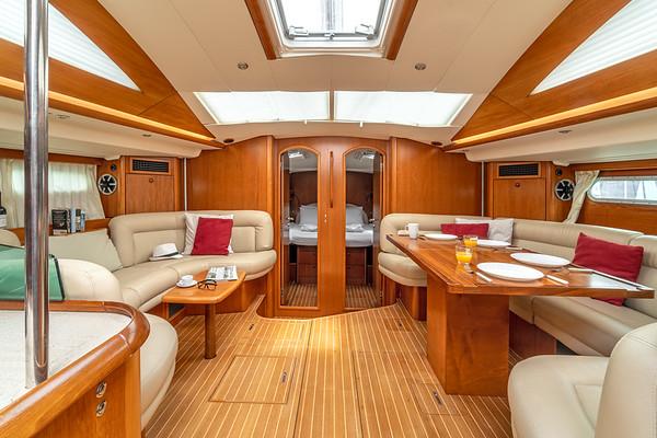 S/B LAURA, Sailing Boat