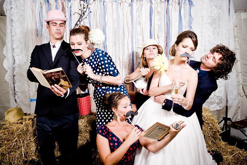 Farmyard Fun<br /> <br /> Helen & Dean's Wedding