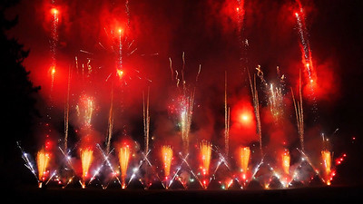 Butchart Fireworks 737-1080