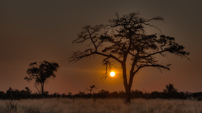 """Sunset, Coucher de soleil - Location 18°10'26"""" S 23°27'15"""" E"""