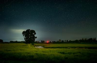 Made from 10 light frames by Starry Landscape Stacker 1.8.0.  Algorithm: Min Horizon Noise