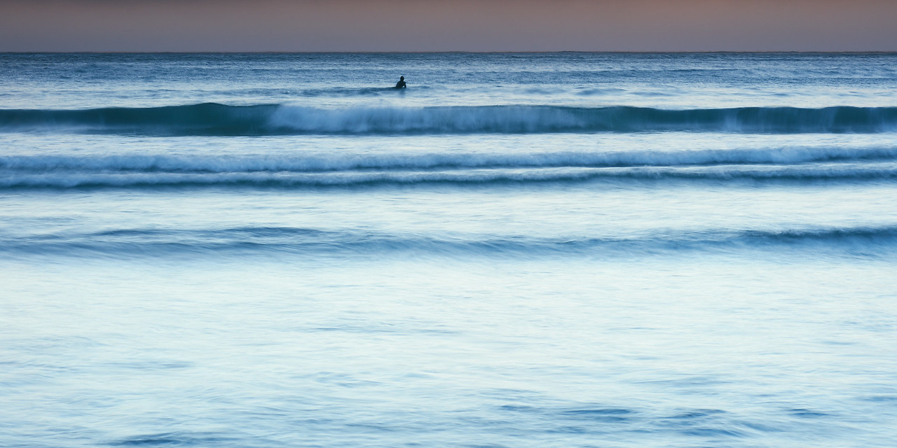 SOLITUDE SURF