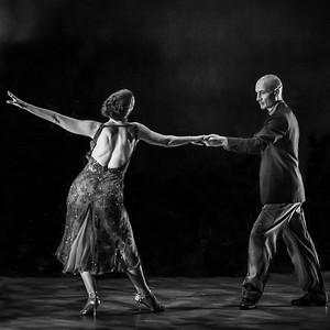 tango-4