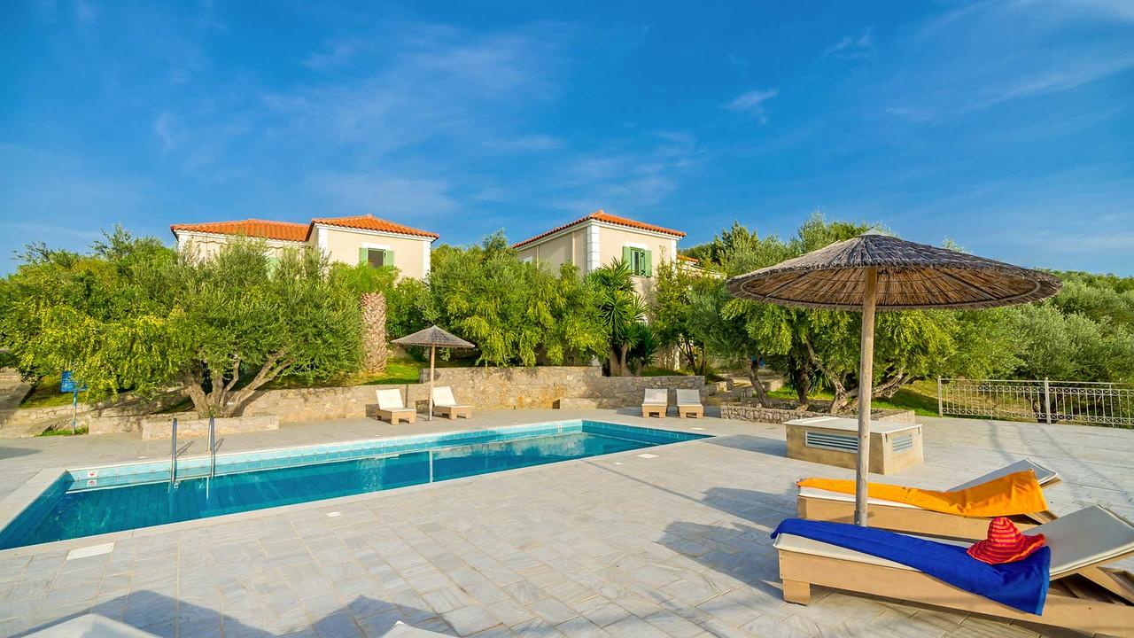 ELEONAS, Vilas & Apartments, Navarino, Greece
