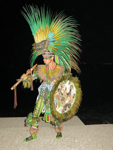 Tzinacan Tlamatini, Danzante in Puerto Vallarta, JAL