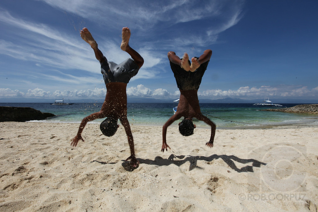BOYS FLIP - Moal Boal, Philippines <br /> <br /> Unedited.