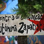 centre de communication autonome zapatiste / centro de comunicación autónoma zapatista / center autonomous communication zapatist  / unabhängiges Kommunikationszentrum zapatiste