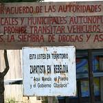 entrée du village zapatiste d'Oventic / entrada del pueblo zapatista d'Oventic / entry of the Zapatist village d'Oventic / Eingang des Zapatistendorfes d'Oventic