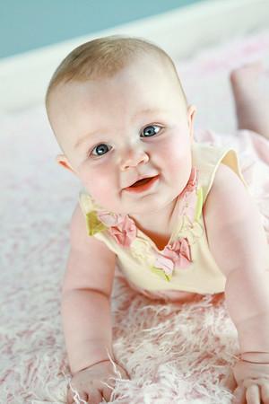 Frances Izabel 6 month-20