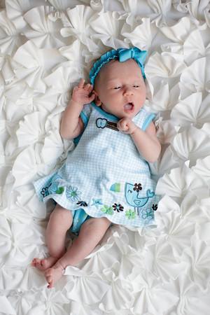 Logan Newborn-21