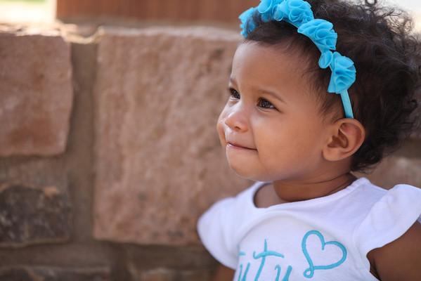 Lilly 1yr Photos-5