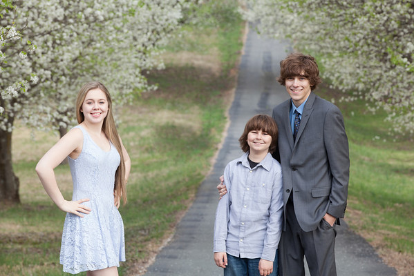 Belognia Family Spring 2014-4