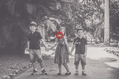 Sylvia & Kids BW