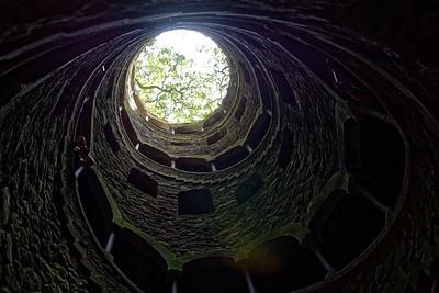 La tour inversée.