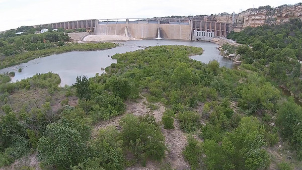 FLY INTO DAM OVER BRAZOS RIVER