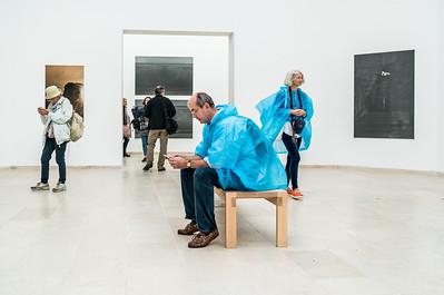 Gallery viewers_2